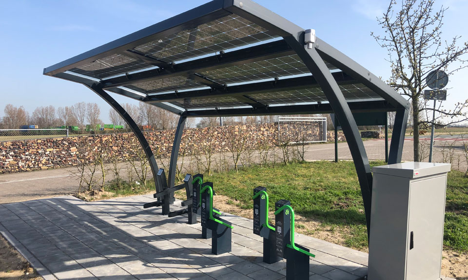10 new stations with e-bike charging are being set up in the Netherlands