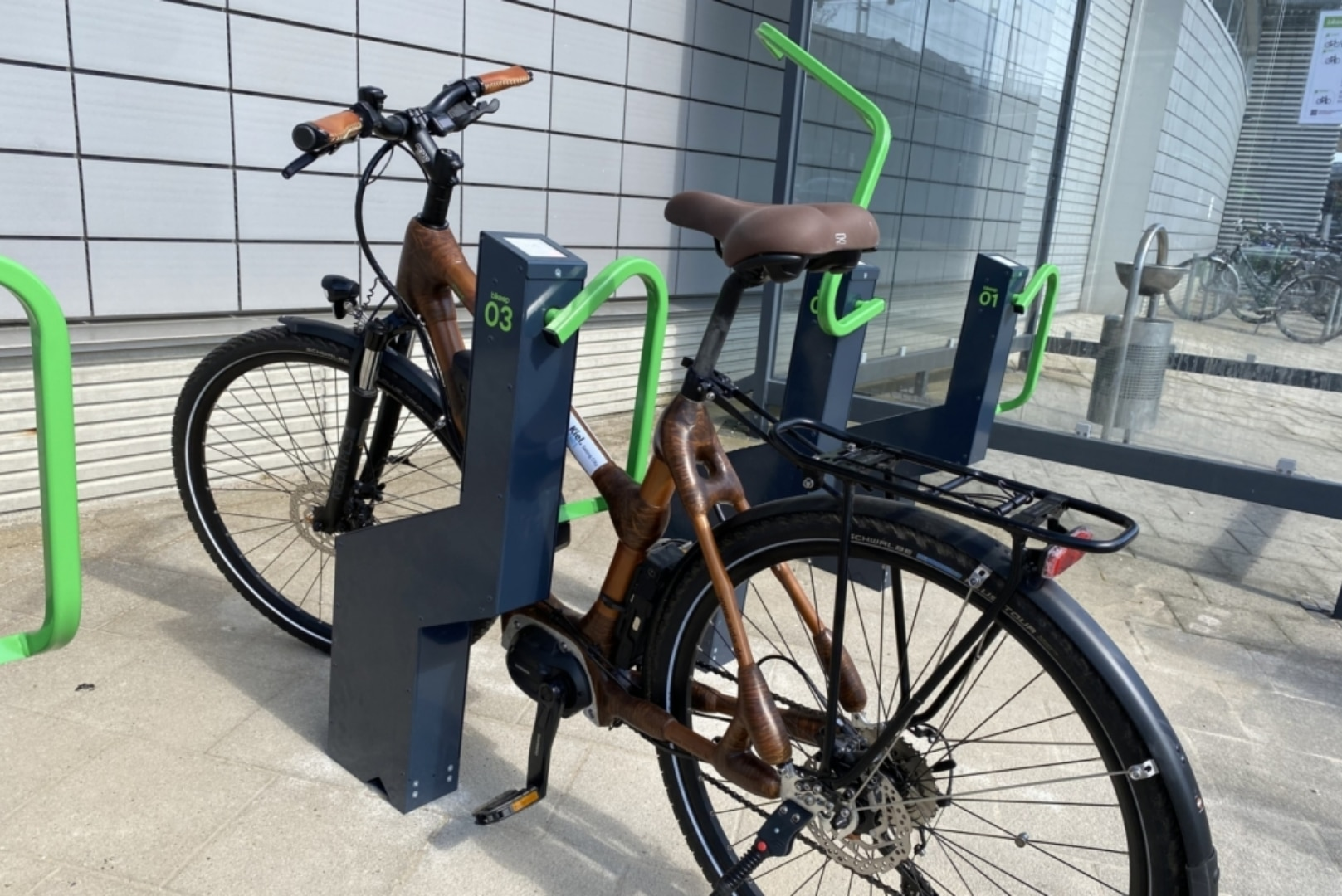Kiel publication: High-tech bicycle station, where you can charge your e-bike for free