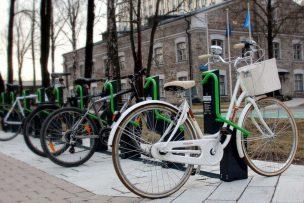 Lockable bike rack