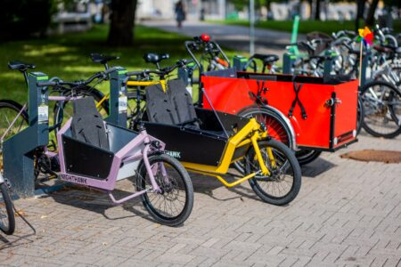 Cargo bikes can park and charge in Bikeep