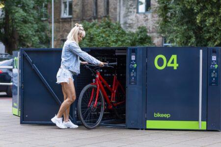 Bikeep locker with e-bike in transit station